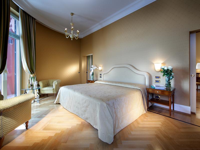 Hotel-Excelsior-Naples (40)