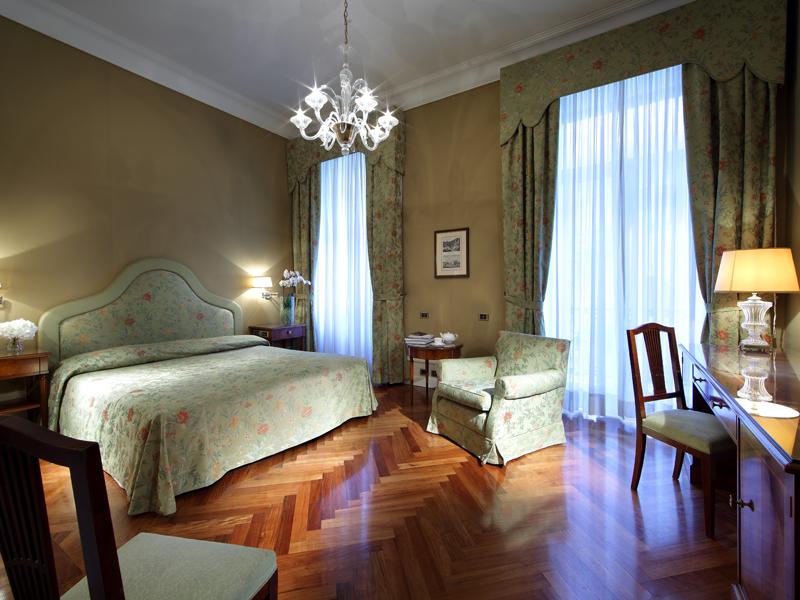Hotel-Excelsior-Naples (7)