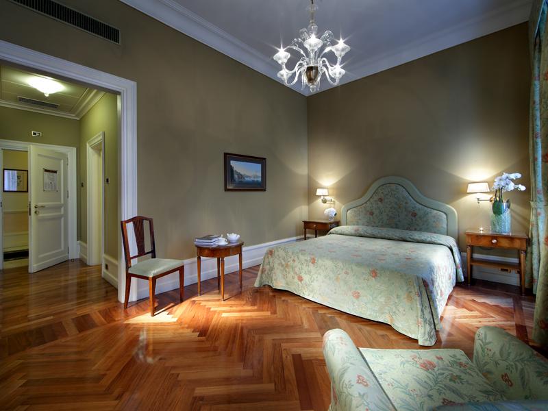Hotel-Excelsior-Naples (9)