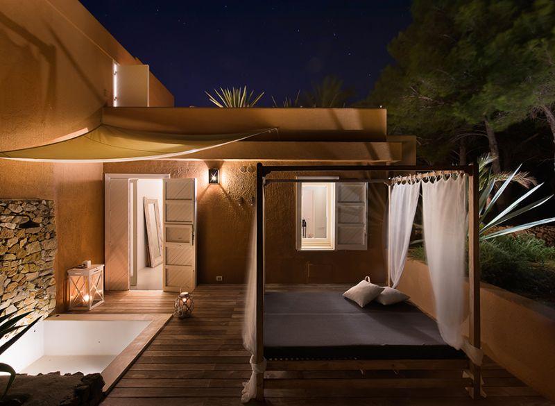 Carrubo Room outdoor patio