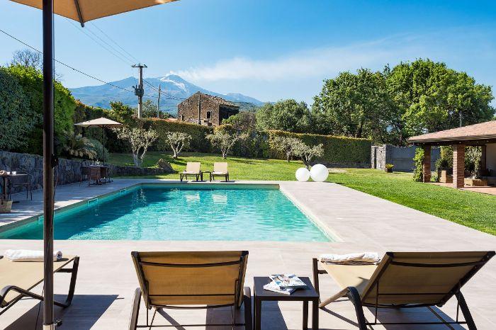 Villa Polifemo Sicily pool