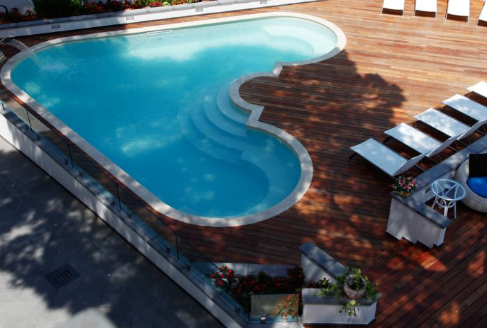 Hotel La Pineta Solarium and pool