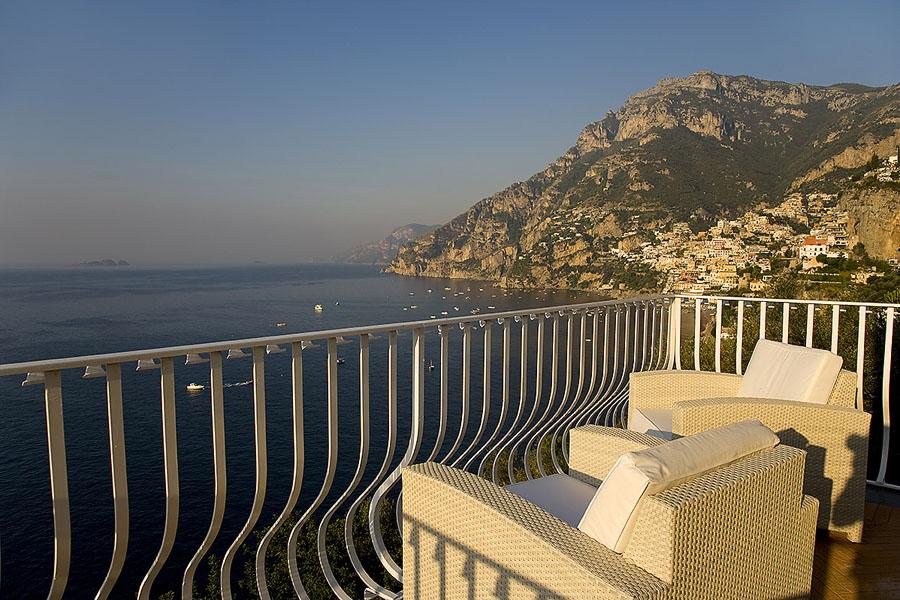 luxury villa in positano