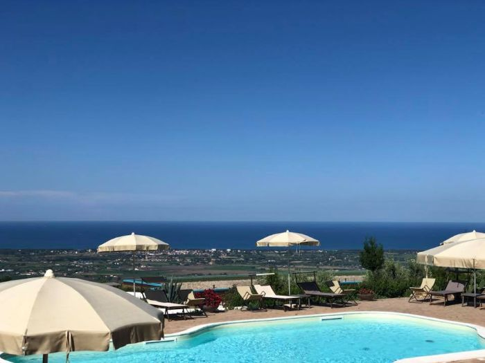 Borgo La Pietraia, capaccio, boutique hotel with sea view