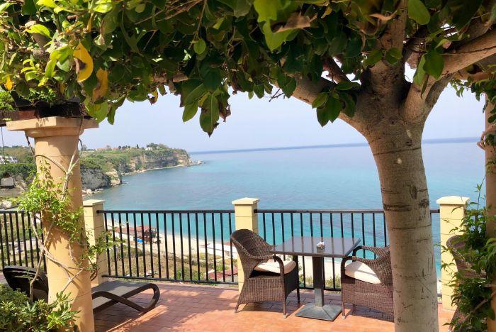 Hotel Rocca della Sena, Tropea, hotel with sea view