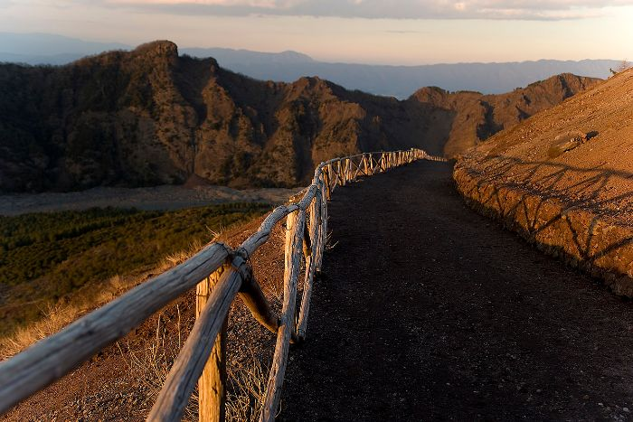 Path to Mt Vesuvius